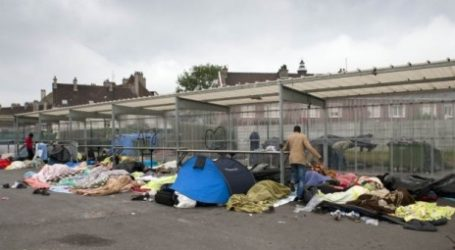 France Vows to Maintain 'Order' in Calais