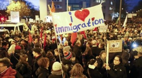 Thousands Of Germans Rally Against Anti-Islam Movement In Leipzig