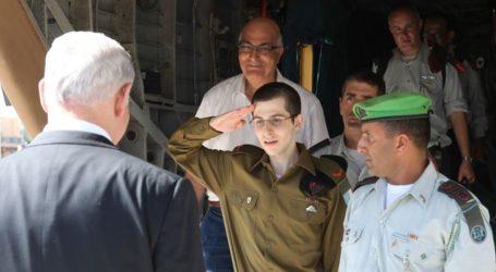 ISRAELI SOLIDER SHALIT ENJOYED A BARBEQUE WHILE IN HAMAS CUSTODY