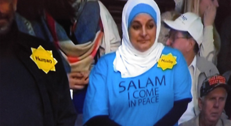 MUSLIM WOMAN KICKED OUT FROM TRUMP RALLY