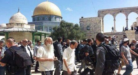 Unprecented Break-in Into Al-Aqsa