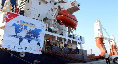 Turkish Aid Vessel Arrives In Yemen's Aden
