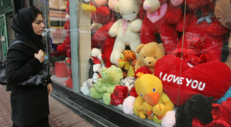 Valentine's Day is Now a Crime in Iran