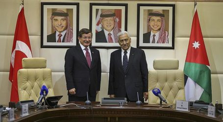 Turkish PM Signs Agreements With Jordanian Counterpart