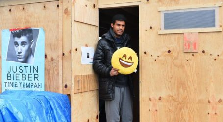 Refugees Judge New French Camp Not Up To Standards