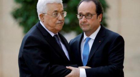 Hollande Holds Talks on Regional Situation with Mahmud Abbas