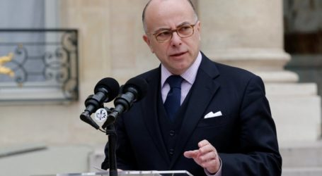 French Interior Minister Opens Consultations with France's Muslims