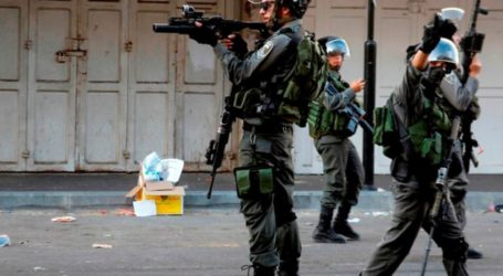 IOF Shuts Down Palestinian Shops For Settlers' Passage