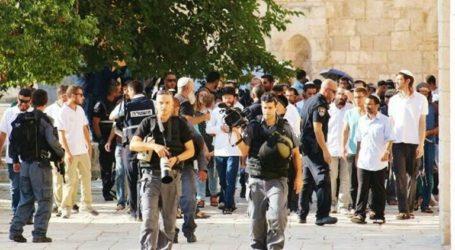 State Of Tension Spreads In Al-Aqsa Following Settlers' Break-In