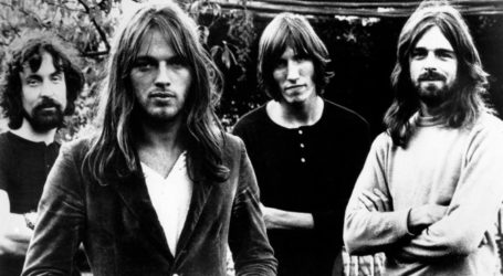 Pink Floyd Unite to Support the Women's Boat to Gaza