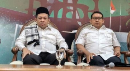 Two Deputy House Speakers Join Friday Prayers in Istiqlal