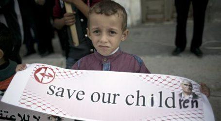 Half of Palestinian Population is Children: PCBS