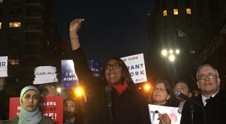 Muslim Leaders Hold Emergency Rally On Eve of Donald Trump's Muslim Ban