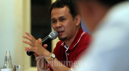 Palestinians Await Indonesia`s One Man, One Dollar Movement