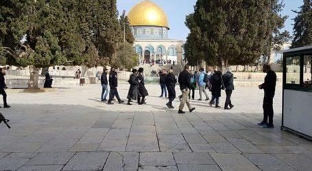 129 Israelis Break Into Muslims' 3rd Holiest Site