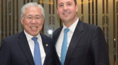 Australian Government Backs New Indonesian 'Halal Law'