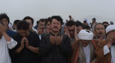 Afghanistan Mourns over 140 Killed in Taliban Attack