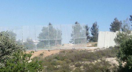 Israel Finalizes Apartheid Wall Around Palestinian Village Of Walaja