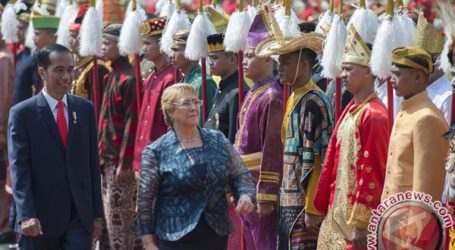 Chilean President Begins State Visit to Indonesia