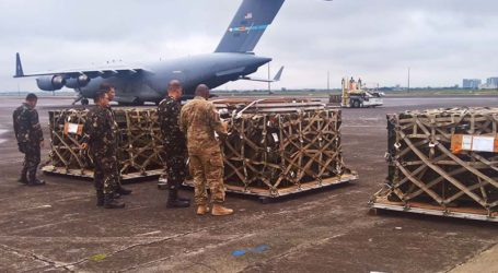 US Delivers Weapons for PAF amid Marawi Siege