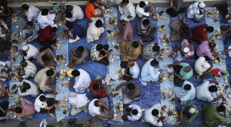 Sri Lanka Consulate Holds Breaking Fast with Interfaith People