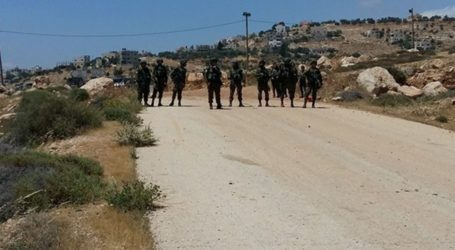 Israeli Army Closes Off Arroub Camp With Metal Gates