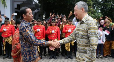 Indonesian President Departs for Singapore