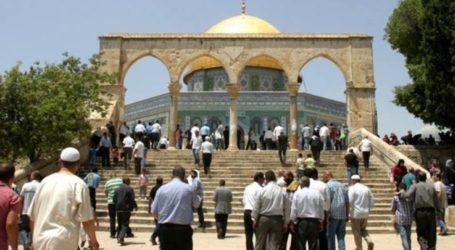 Hamas Urges Palestinians to Defend Aqsa Mosque