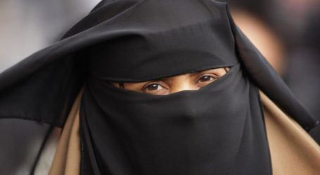 Germany Bans Covering the Face While Driving
