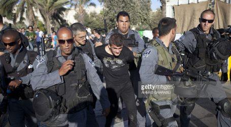 Israeli Police Arrest 3 Palestinian Youths in Jerusalem