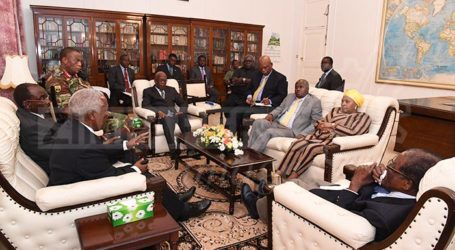 President Zimbabwe and General Chiwenga Meet at State House