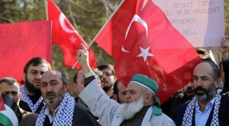 Demonstration in Ankara Calls UK to Get Rid of Balfour Shame