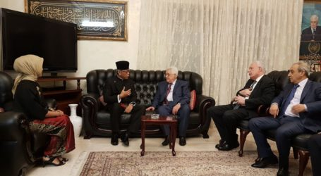 Indonesian Ambassador Submits Letter of Credential to Palestine's President