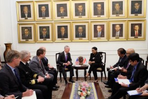 Indonesian FM Stresses The Urgency of Palestinian Issue to US Defense Secretary