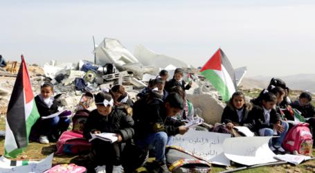 UN Oficial Deeply Concerned by Israeli Demolition of Classrooms