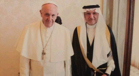 Organization of Islamic Cooperation Head Meets Pope