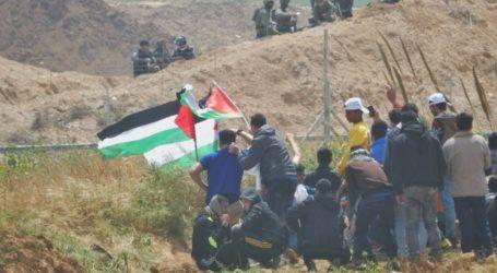 37 Palestinians Injured by Israeli Gunfire at Gaza Border