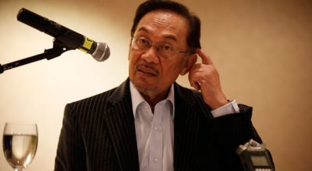 Malaysia's Jailed Politician Anwar Ibrahim to Be Released on Tuesday