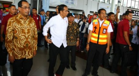 President Inspects Construction of Soekarno-Hatta Airport`s Third Runway