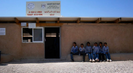 Palestinian Children Demand Int'l Action to Stop Demolition of the only School Available to Them