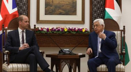 President Abbas Welcomes Britain's Prince William to Palestine