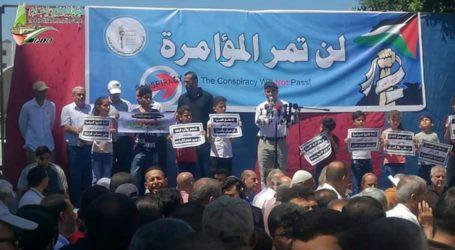 Gaza: Thousands Rally Against UNRWA Cutbacks