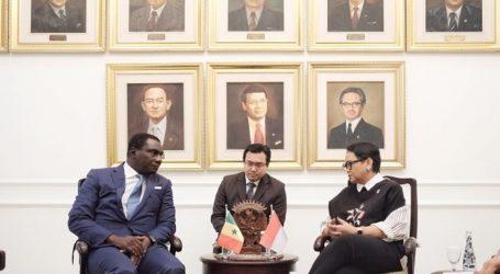 Indonesia, Senegal Agree to Promote Moderate Islam