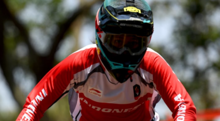Indonesia Wins Two Golds in Downhill Cycling Race
