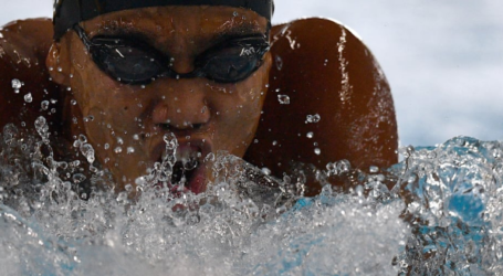 Indonesian Swimmers Fail to Win Spots on Podium