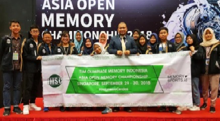 Indonesian Students Win 34 Medals in Singapore
