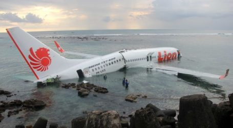 Australians in Indonesia Advised Not to Fly with Lion Air Following Crash