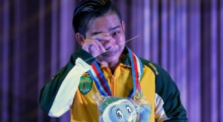 Indonesian Woman Lifter Wins Two Gold Medals World Championsip