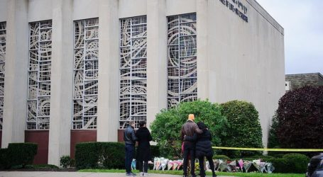 US Muslim Groups Raise over $200,000 for Synagogue Victims