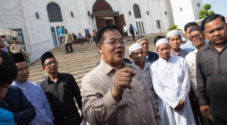Minister of Hajj and Umrah Receives Minister of Islamic Affairs of Cambodia